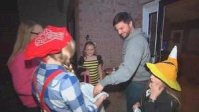 trick-or-treat:-tips-to-make-halloween-safe